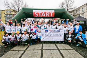 Run and support